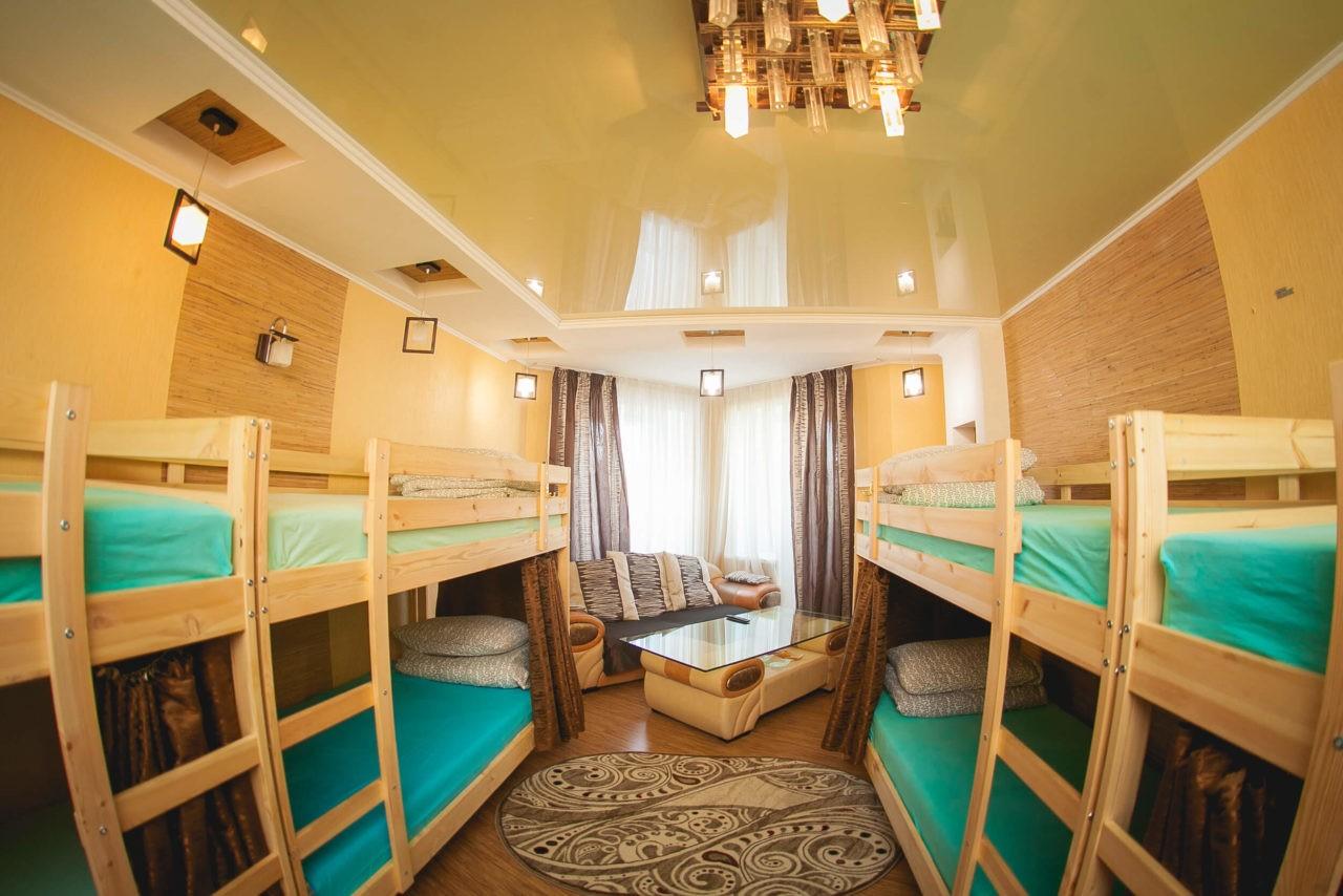 Обстановка гостиницы в квартире