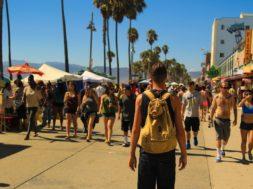 Как правильно купить туристическую путевку и не забыть про страховку